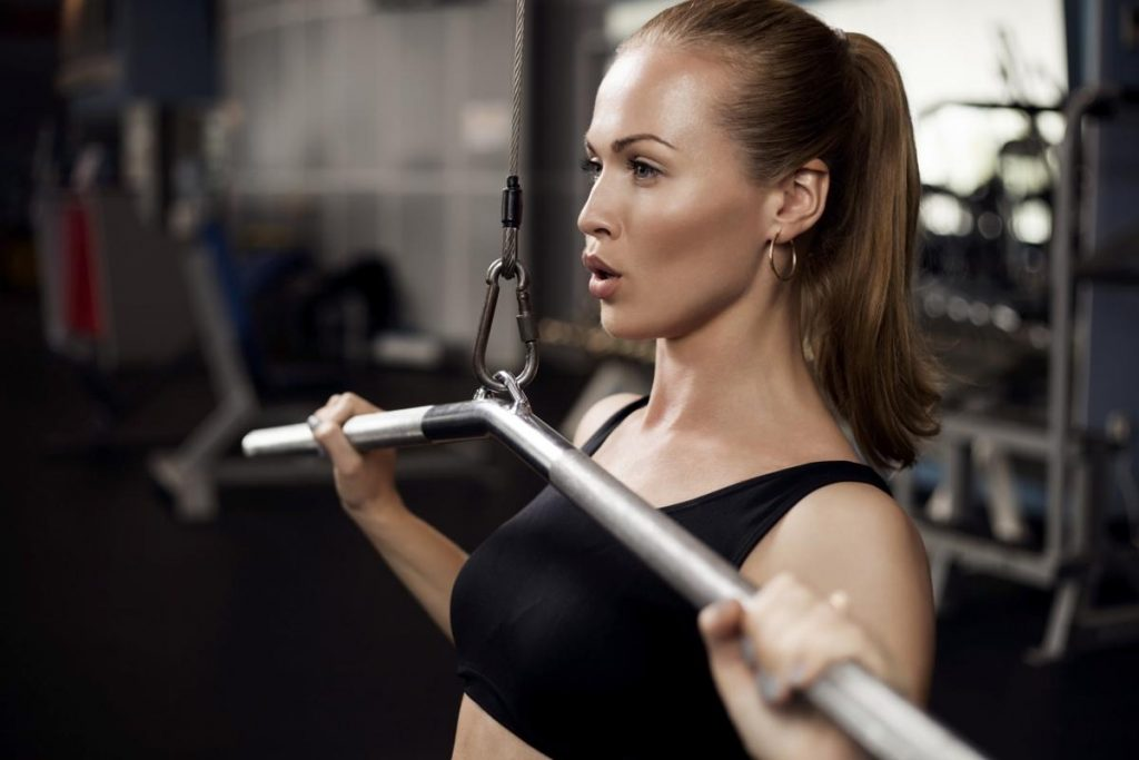 1200-538510953-beautiful-muscular-fit-woman