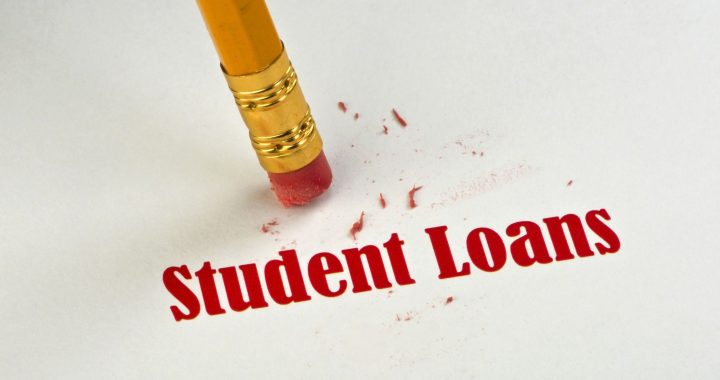 635493545609408710-student-loans