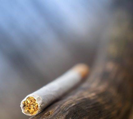 cigarette-4981079_640